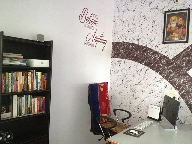 Kulwant Nagi Blogging Cage Workspace