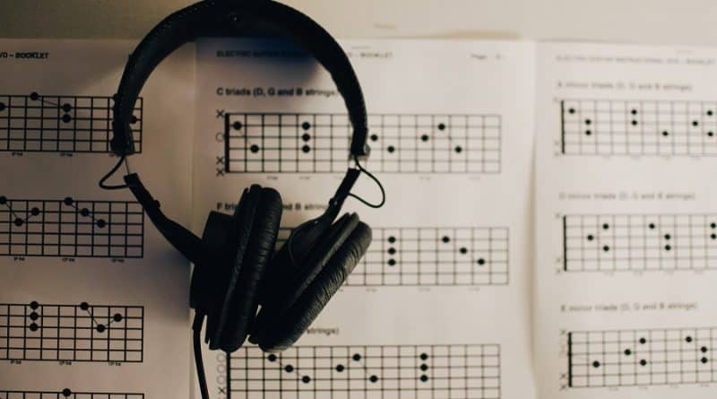 8 Best + Free Music Courses & Classes [2020]