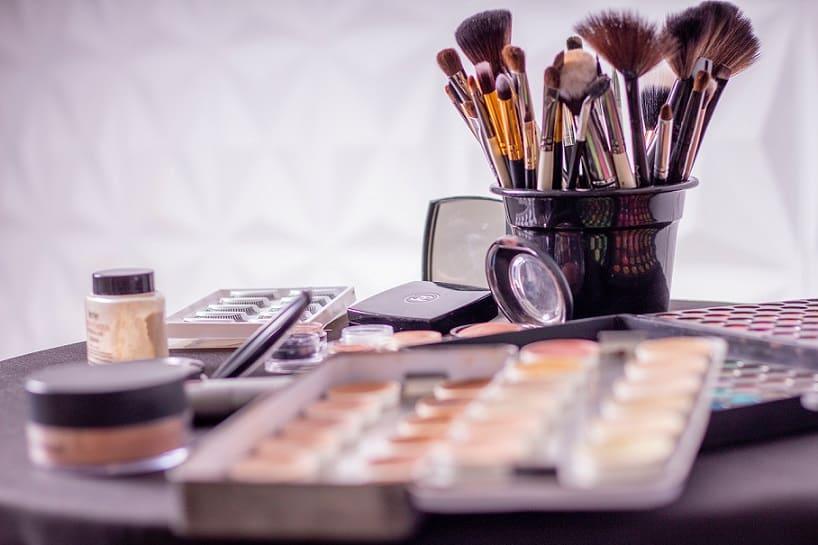 Makeup Online Training Saubhaya